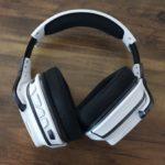 Logitech G933 Artemis Spectrum Headset seitlich 2